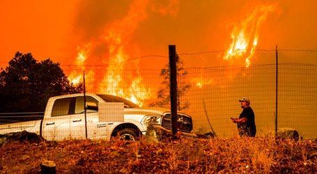 Τρεις άνθρωποι εντοπίστηκαν νεκροί από την τεράστια πυρκαγιά στην Καλιφόρνια