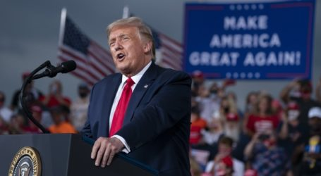 Δημοσκόπηση: Οι Ρεπουμπλικάνοι ψηφοφόροι συνεχίζουν να στηρίζουν τον Τραμπ