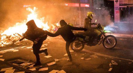 Oκτώ νεκροί στις διαδηλώσεις για τον θάνατο άνδρα στα χέρια αστυνομικών