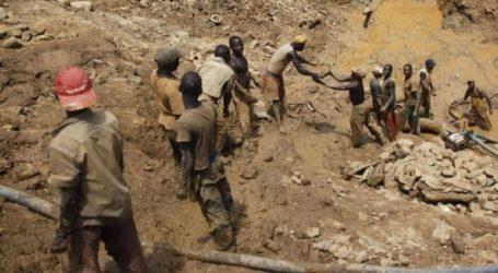 Τουλάχιστον 50 νεκροί από κατάρρευση χρυσωρυχείου