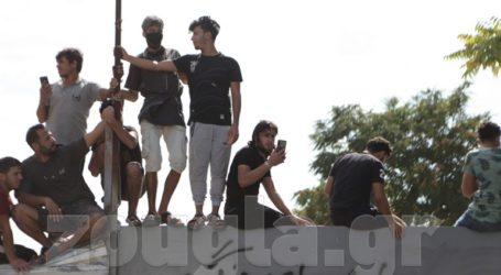 Συγκέντρωση συμπαράστασης για τους μετανάστες της Μόριας στη δομή του Ελαιώνα