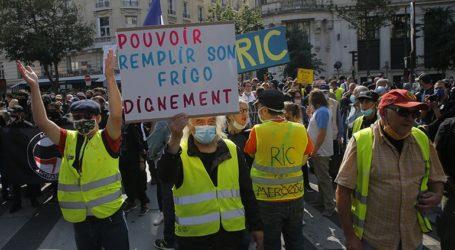 Ταραχές σε διαδήλωση των «κίτρινων γιλέκων» στο Παρίσι