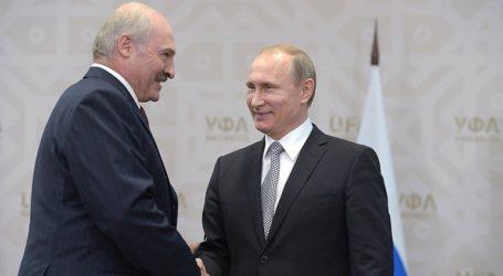 Ο Λουκασένκο έφτασε στη Ρωσία για συνομιλίες με τον Πούτιν