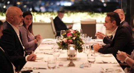 Τα θέματα στο δείπνο του πρωθυπουργού Κυριάκου Μητσοτάκη με τον Αλβανό ομόλογό του Έντι Ράμα