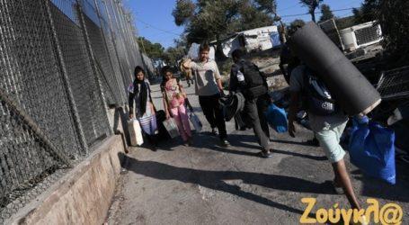 Στον εισαγγελέα Πρωτοδικών Μυτιλήνης οι τέσσερις κατηγορούμενοι για τον εμπρησμό στη Μόρια