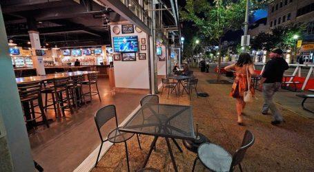 Η Τσεχία περιορίζει τις ώρες λειτουργίας των μπαρ και των εστιατορίων