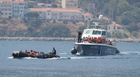 Σε κίνδυνο σκάφος με 50 μετανάστες στην Κυπαρισσία