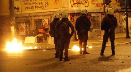 Επίθεση με μολότοφ εναντίον αστυνομικών στα Εξάρχεια