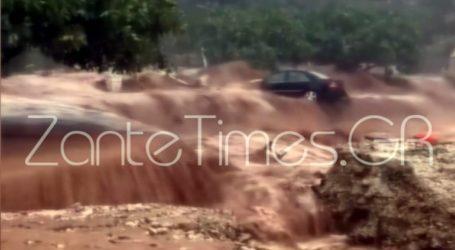Aυτοκίνητο παρασύρθηκε από χείμαρρο στην Κεφαλονιά