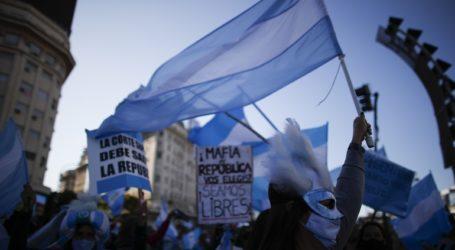 Διαδήλωση κατά των περιοριστικών μέτρων στο Μπουένος Άιρες