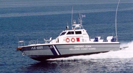Βύθιση ιστιοπλοϊκού σκάφους στον Πόρο λόγω εισροής υδάτων