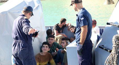 Στο κλειστό κολυμβητήριο Ακρωτηρίου οι μετανάστες που έφτασαν με ιστιοφόρο στη Γαύδο