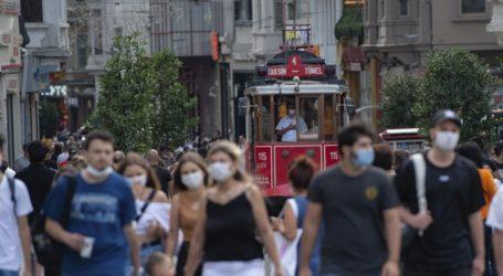 65 νέοι θάνατοι και 1.692 νέα κρούσματα στην Τουρκία