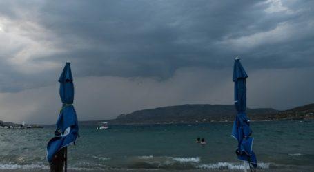 Ισχυρές καταιγίδες και χαλαζοπτώσεις στο βόρειο Ιόνιο