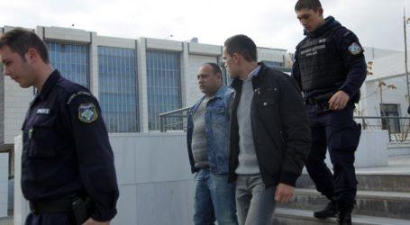Στο εδώλιο οι δύο Ρουμάνοι για τη δολοφονία του Μένη Κουμανταρέα