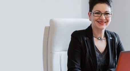 Αθωώθηκε ομόφωνα η σύζυγος του διοικητή της Τράπεζας της Ελλάδος Γ. Στουρνάρα, Λίνα Νικολοπούλου
