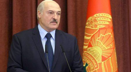 Ο Λουκασένκο επικρίνει όσους δεν τον αναγνωρίζουν ως νόμιμο πρόεδρο της Λευκορωσίας