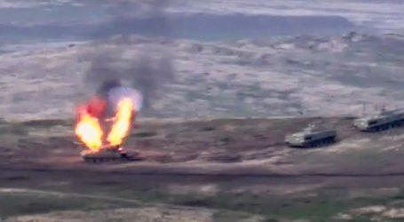 Πενταμελής οικογένεια Αζέρων σκοτώθηκε στους βομβαρδισμούς, σύμφωνα με το Μπακού