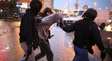 Τουλάχιστον 350 άνθρωποι συνελήφθησαν στις διαδηλώσεις της Κυριακής