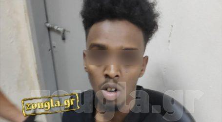 Αυτός είναι ο Σομαλός που δραπέτευσε χθες από περιπολικό