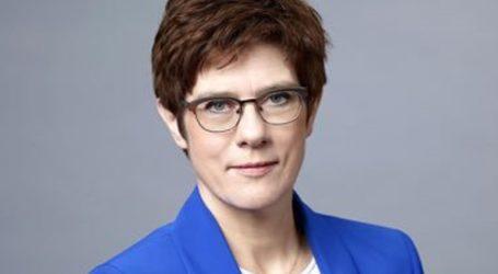 Η Άνεγκρετ Κραμπ-Καρενμπάουερ πιθανή επόμενη Γενική Γραμματέας του ΝΑΤΟ;