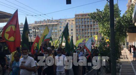 Σε εξέλιξη πορεία Κούρδων στο κέντρο της Αθήνας
