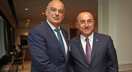 Σενάρια συνάντησης Δένδια – Τσαβούσογλου στον τουρκικό τύπο