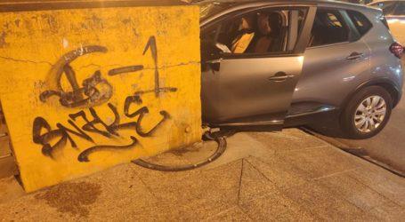 Λάρισα: Απίστευτο τροχαίο στη γέφυρα του Αλκαζάρ: Αυτοκίνητα συγκρούστηκαν και το ένα έπεσε πάνω σε δύο ανήλικους (φωτο – βίντεο)