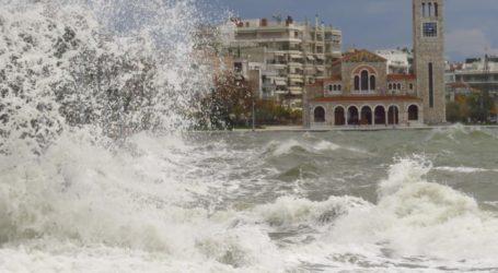 Λιμεναρχείο Βόλου: Ισχυροί άνεμοι έως 7 μποφόρ αύριο