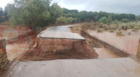 Τρία χωριά αποκλεισμένα στη Μαγνησία από την κακοκαιρία