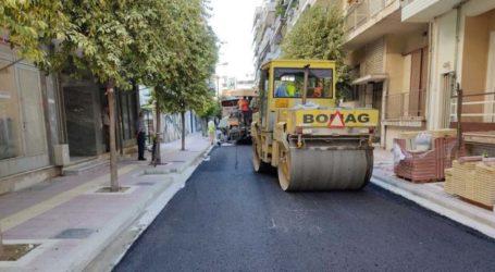 Λάρισα: Ολοκληρώθηκε η Καλλιάρχου, ξεκινούν τα έργα σε άλλους τρεις δρόμους (φωτό)