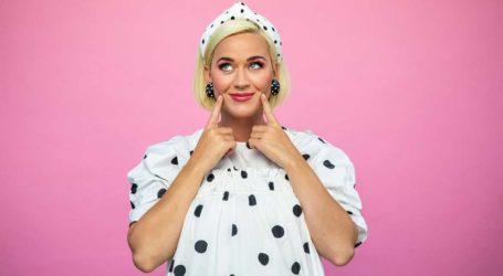 Η Katy Perry μας δείχνει πώς είναι το σώμα της πέντε μέρες μετά τη γέννηση της κόρης της