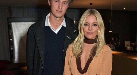 Sienna Miller: Χώρισε από τον κατά εννέα χρόνια μικρότερο σύντροφό της!