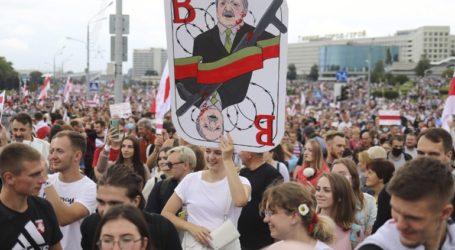 Δεκάδες συλλήψεις διαδηλωτών στο Μινσκ
