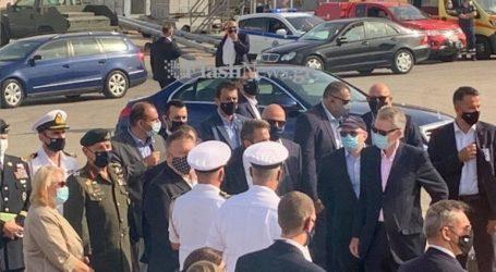 """Πομπέο και Μητσοτάκης επιβιβάστηκαν σε ταχύπλοο και επισκέφθηκαν τη φρεγάτα """"Σαλαμίς"""""""