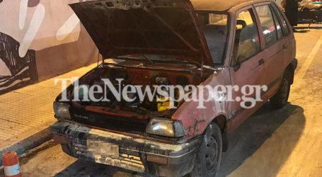 Βόλος: Φωτιά εν κινήσει σε αυτοκίνητο στη Φερών [εικόνες]