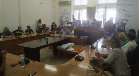 Κέλλας για το κυβερνητικό κλιμάκιο στα Φάρσαλα: Γενναία μέτρα ενίσχυσης των πληγέντων, παραμένουμε στο πλευρό τους