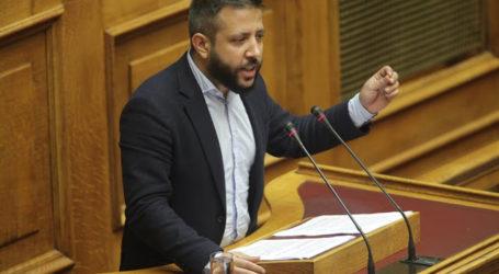 Μεϊκόπουλος: «Απίστευτο μπάχαλο δύο ημέρες πριν τον αγιασμό στα σχολεία της Μαγνησίας»
