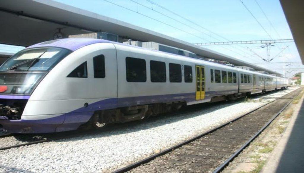 proastiakos treno