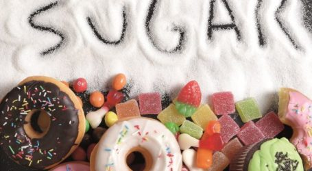 Πώς θα καταπολεμήσετε την επιθυμία σας για γλυκά όταν κάνετε δίαιτα