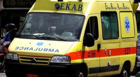 ΤΩΡΑ: Κατέρρευσε ηλικιωμένος σε καφενείο της Ν. Ιωνίας