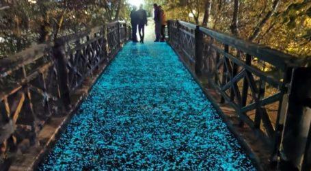 Έτοιμη και πανέμορφη η αυτοφωτιζόμενη πεζογέφυρα του Πηνειού στο Αλκαζάρ, περιμένει τους Λαρισαίους (φωτο)