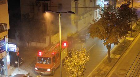 ΤΩΡΑ: Φωτιά σε κάδο στην οδό Αναλήψεως [εικόνες]