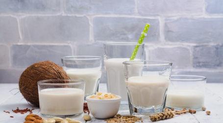 Γάλα: Αγελαδινό ή φυτικά; Όλα όσα πρέπει να γνωρίζετε για έξι τύπους γάλακτος