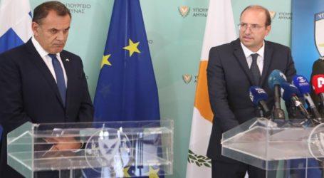 Στην Κύπρο ο υπ. Εθνικής Άμυνας για την 60ή επέτειος ανακήρυξης της Ανεξαρτησίας της Μεγαλόνησου