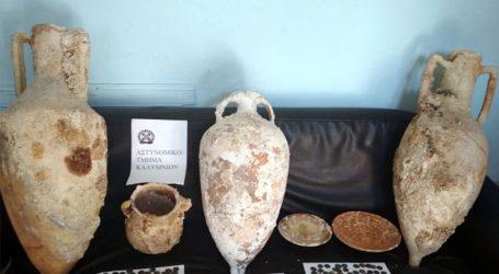 Συλλήψεις στην Κάλυμνο για παράνομη κατοχή αρχαιοτήτων
