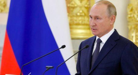 Το δεύτερο ρωσικό εμβόλιο κατά του κορωνοϊού θα εγκριθεί στα μέσα Οκτωβρίου