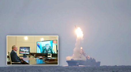 Δοκιμή υπερηχητικού πυραύλου πραγματοποίησε η Ρωσία ανήμερα των γενεθλίων του Πούτιν