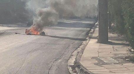 Επεισόδια στο Μενιδί με φωτιές στους δρόμους