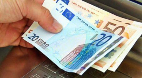 «Έχουμε προβλέψει 300 εκατ. ευρώ επιπλέον για επιδόματα»